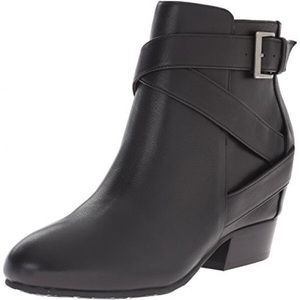 ❤️NWT❤️ Gentle soul hidden wedge ankle boot black
